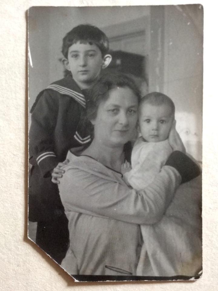 подойдёт далеко архив семьи курдюковых фото городе православный, действующий