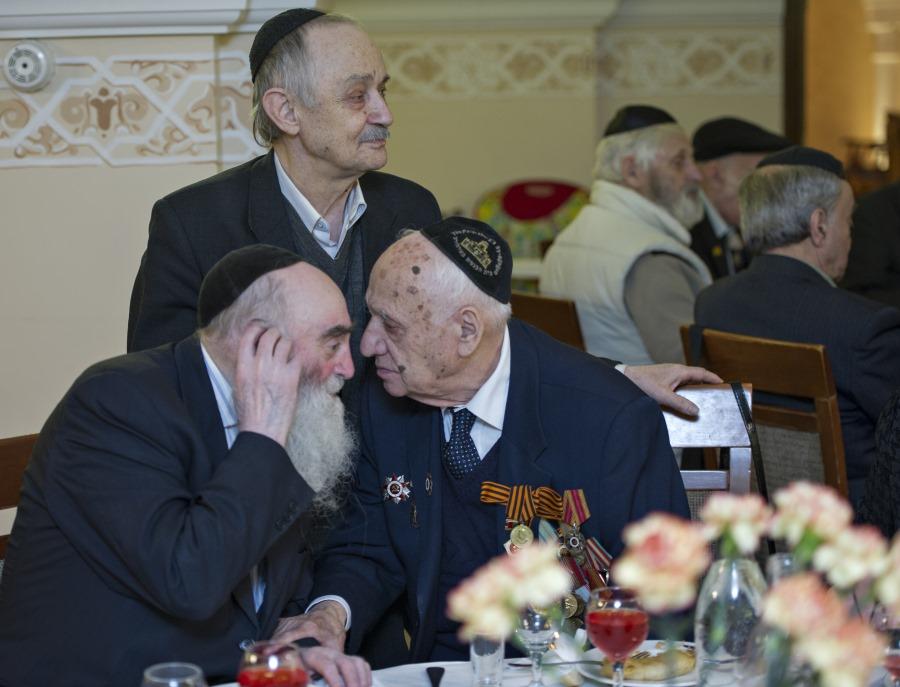 фото членов пожилых