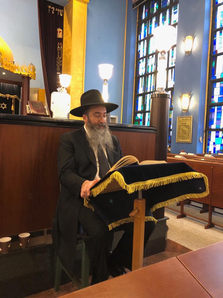 «У нас раввина называют мулла». Главный раввин бухарских евреев о своей работе