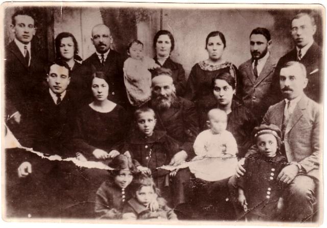 http://news.jeps.ru/images/news/lichnaya_istoriya/evrei-leningrada-istoriya-ravvina-zalmana-zajchika_f1.jpg